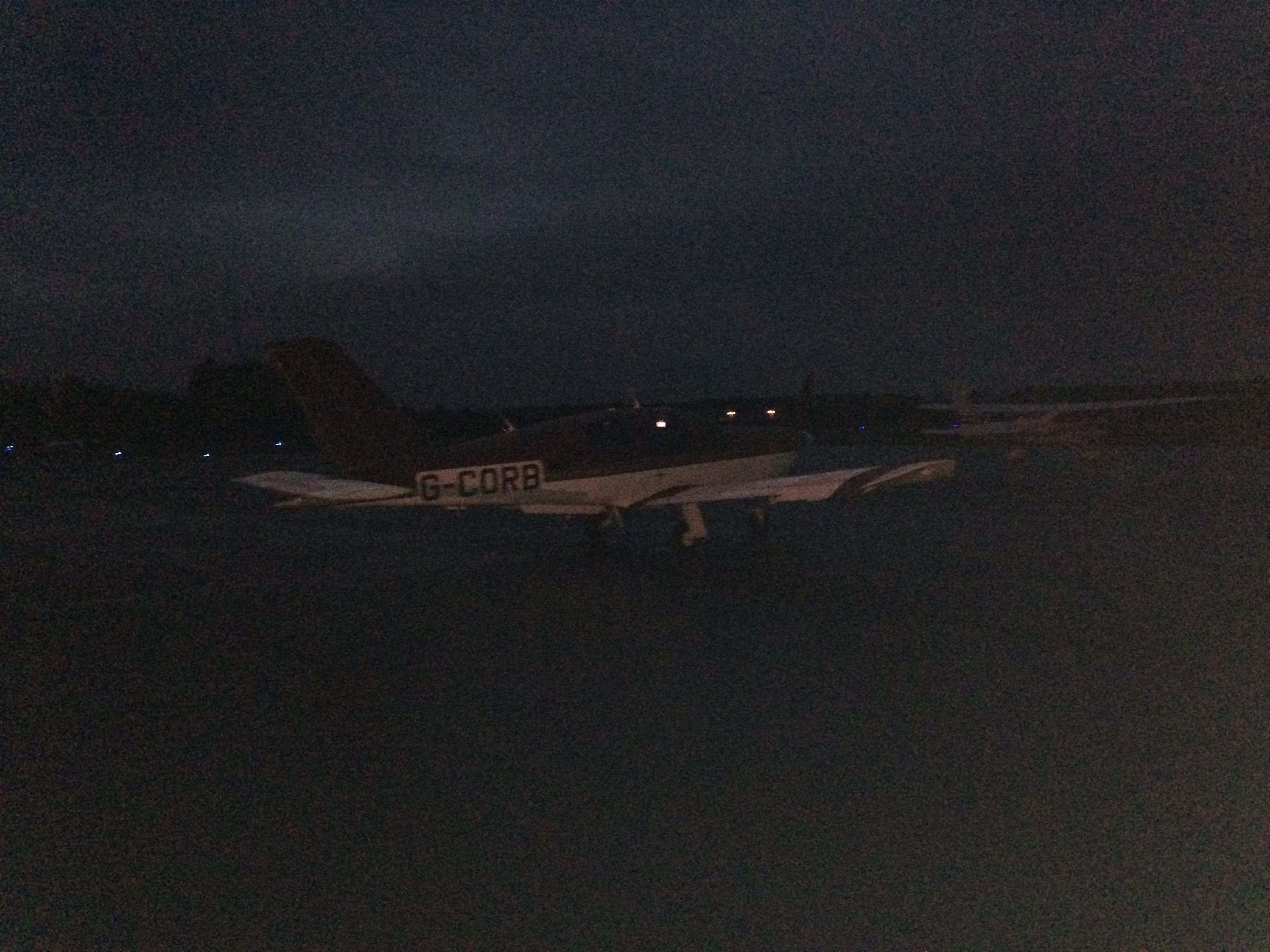 The white apron newport beach - Parked Up On The Main Apron At Oxford In The Dark